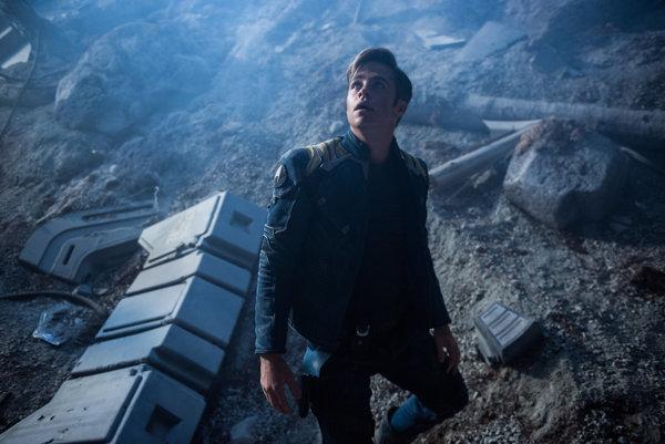 Kapitán Kirk v novom pokračovaní nebude dlho rozmýšľať o tom, či zavesí kariéru na klinec.