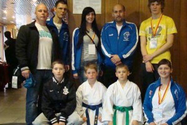 Na Grand Prix Hradec Králové World Karate Cup štartovalo šesť pretekárov FKŠ.