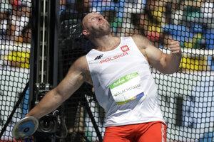 Piotr Malachowski je veľký človek. A nie len postavou. Svoju olympijskú medailu z Ria vydražil, aby pomohol chlapcovi s rakovinou.