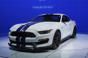 Najvýkonnejším Mustangom je zatiaľ Shelby GT350.
