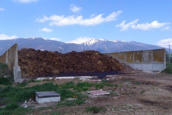 Hnojisko s výhľadom na Baranec.