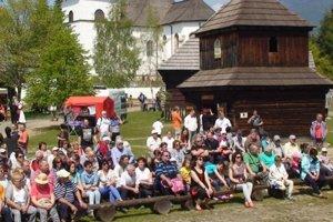 Podujatie vMúzeu liptovskej dediny sa zapísalo do histórie najvyššou návštevnosťou. Ľudí okrem programu prilákalo aj pekné počasie.