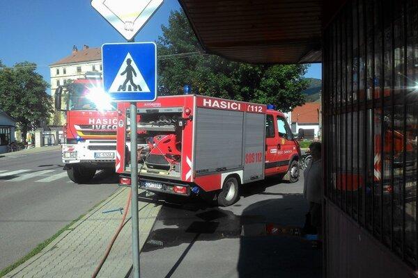 Na mieste zasahovali okamžite hasiči.