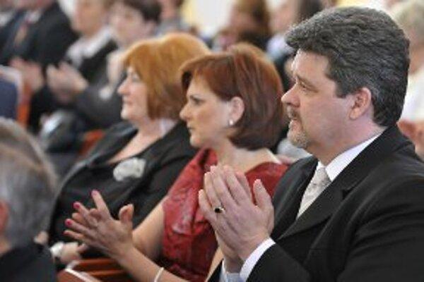 Minister ocenil aj učiteľa prievidzského gymnázia Jaroslava Perniša.
