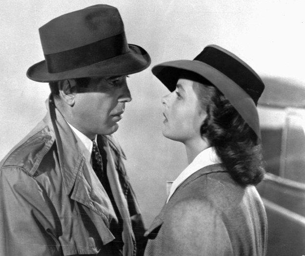 Vo filme Casablanca s Humphrey Bogartom