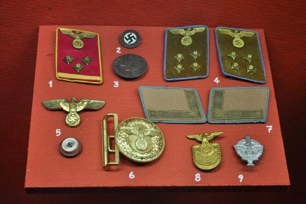 Nacistické artefakty (ilustračné foto).