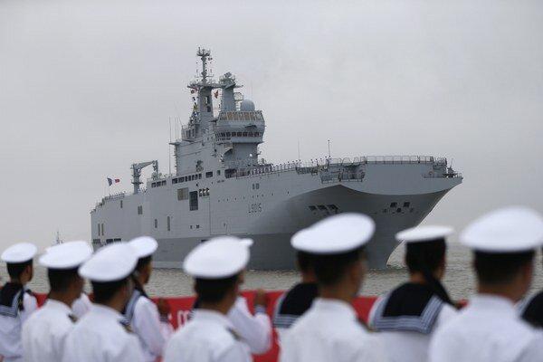Paríž zrušil kontrakt na dodanie dvoch francúzskych bojových lodí.