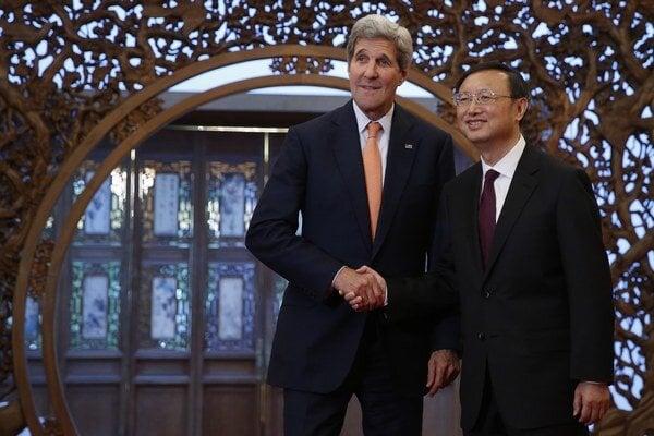 John Kerry v Číne.