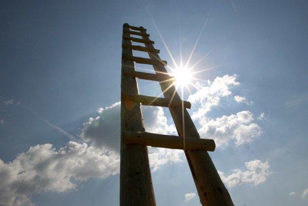 Skratka do neba - vykročte bez obáv. Cesta nahor nie je jednosmerná, vrátiť sa dá kedykoľvek.