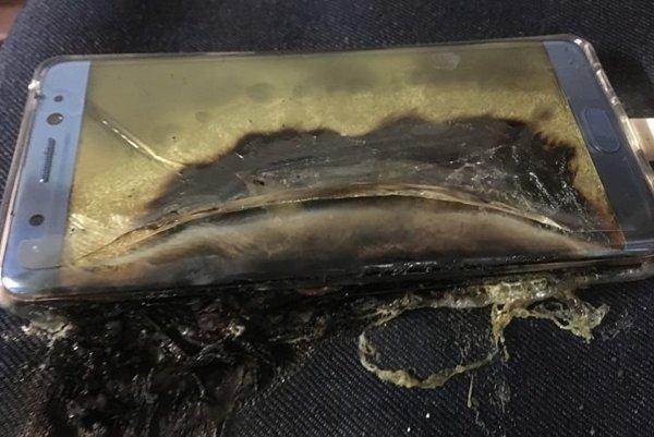 Telefóny Galaxy Note 7 sa vznietili pri nabíjaní.