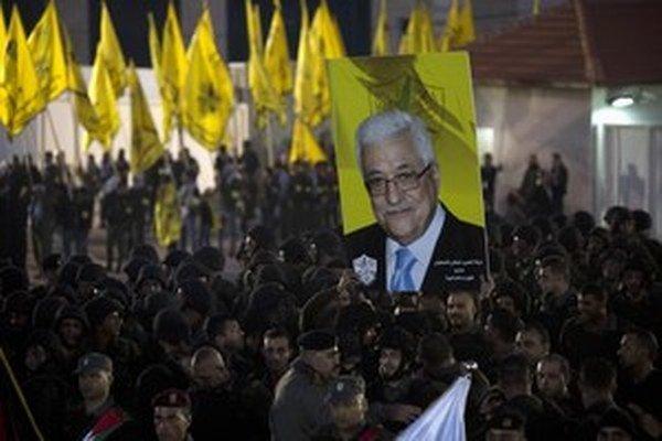 Palestínsky prezident požiadal o členstvo v medzinárodnom súde. Ten by mohol súdiť aj Palestínčanov.