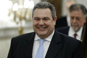 Grécky minister obrany Pános Kamménos.