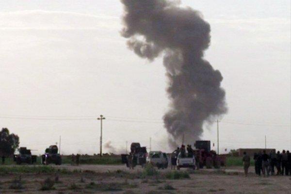 Iracká armáda už tretí deň útočí na mesto Tikrít.