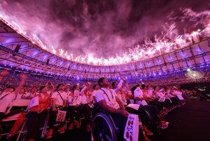 Záverečný ceremoniál paralympiády v Rio de Janeiro.