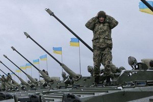 V nedeľu na Ukrajine začalo platiť prímerie.