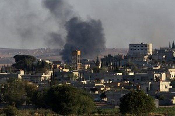 Boj v okolí sýrskeho Kobani ešte neskončil.