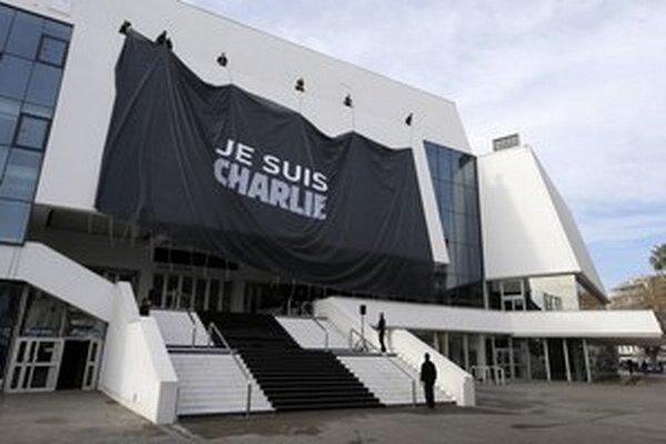 """Americká firma chce slogan """"Je suis Charlie"""" používať na podporu predaja svojich produktov."""