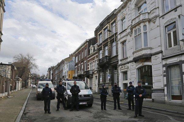 Proti údajným džihádistom zasahovali v Belgicku, v Nemecku aj vo Francúzsku.