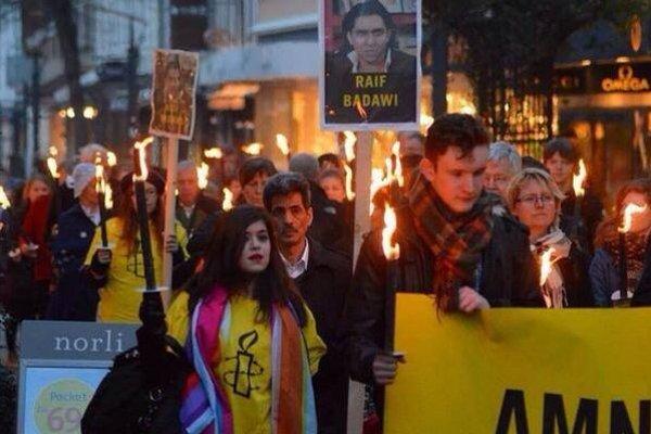 Za Badávího prepustenie demonštrovali v roku 2013 aj v Nórsku.