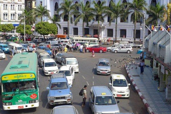 Premávka v Rangúne