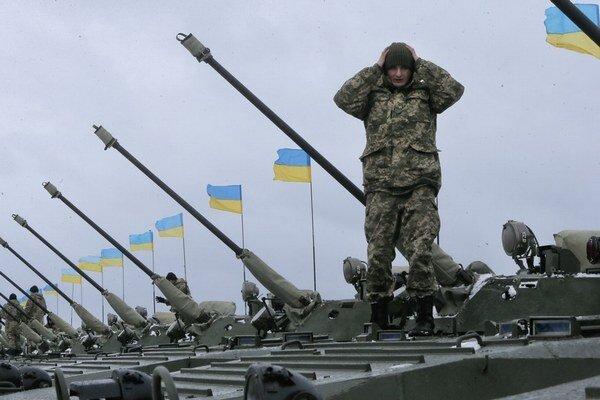 Prímerie sa zrejme končí. Ukrajinská armáda mobilizuje.
