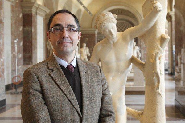 Jean-Luc Martinez vedie múzeum Louvre od marca 2013.