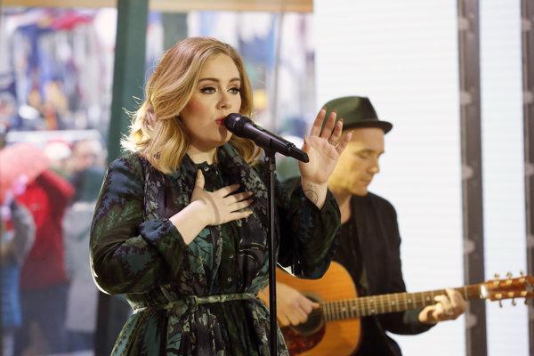 Adele si myslí, že sa nosiče CD ešte vrátia do módy, tak ako vinyly.