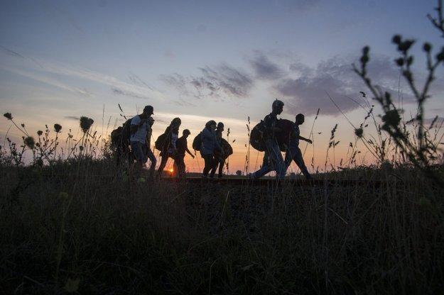 Utečenci smerujú do Maďarska.