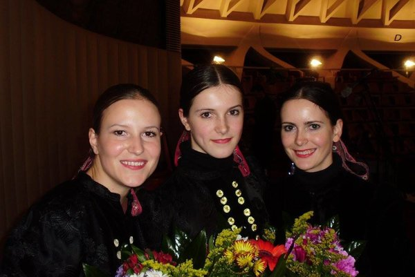 Lenka, Paťka a Danka Sihelské (zľava)