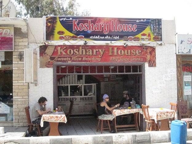 Malé tradičné reštaurácie v Egypte nájdete v každom meste.