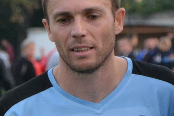 Dušan Oravec strelil jediný gól Šimonovian.