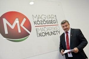 Predseda strany Strany maďarskej komunity (SMK) József Berényi.