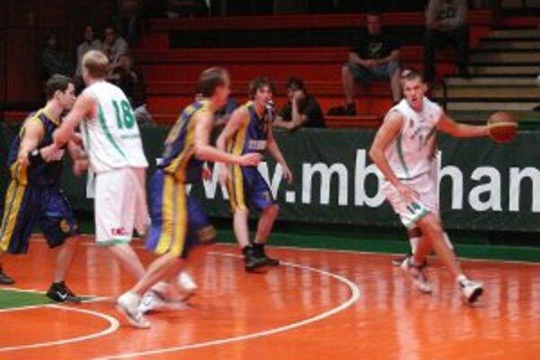 Hráči MBK Handlová v siedmom prípravnom stretnutí zvíťazili nad basketbalistami BK Opava 79:47.