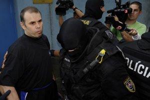 Bývalého boxera stíhajú na Slovensku v závažných kauzách vrážd.