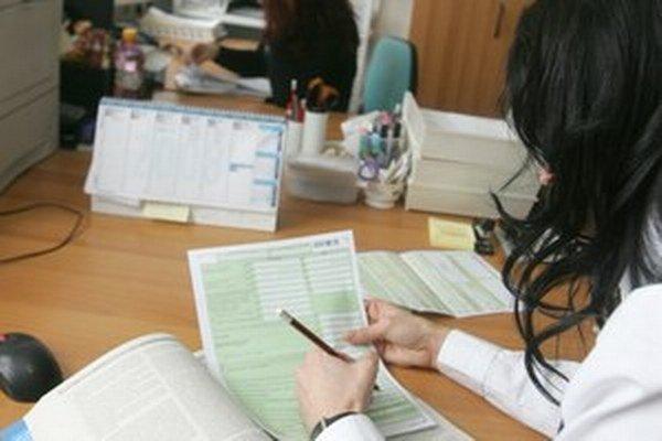 Viliam Novotný navrhoval, aby možnosť elektronického doručovania platila aj pre dokumenty týkajúce sa vyúčtovania daní, potvrdení o príjme a ďalších.