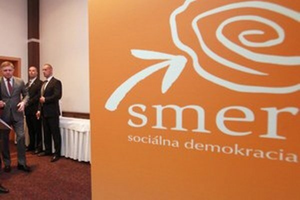 Na členskom najviac vyzbieral Smer-SD. Straníci za rok 2014 odovzdali 145 927 eur.