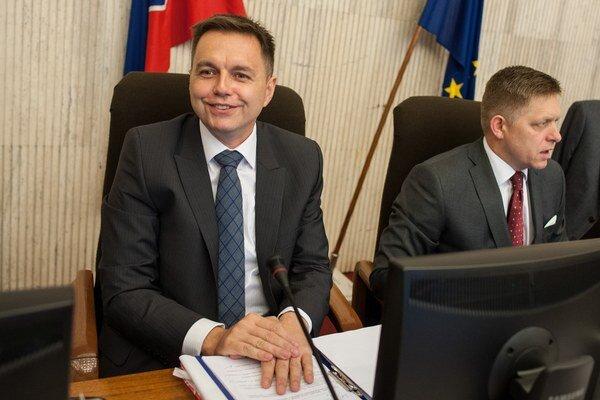 Slovensko bude tiež podporovať koncepčný rozvoj civilných a vojenských kapacít krízového manažmentu.