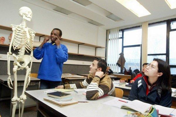 Zahraniční študenti.