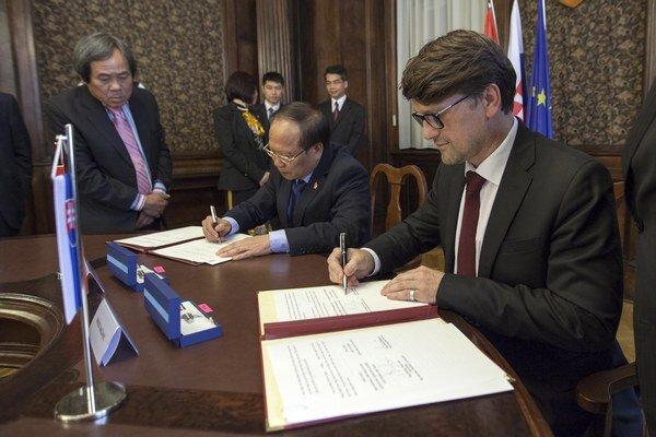 Slovensko a Vietnam budú spolupracovať v kultúrnej oblasti.