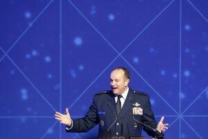 Vrchný veliteľ síl NATO v Európe, americký generál Philip Breedlove.