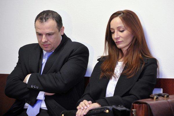 Obžalovaná Eva T.-Z. a jej obhajca Viliam Parák.