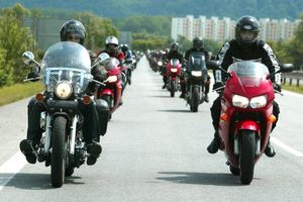 Polícia bude motorkárom venovať zvýšenú pozornosť.