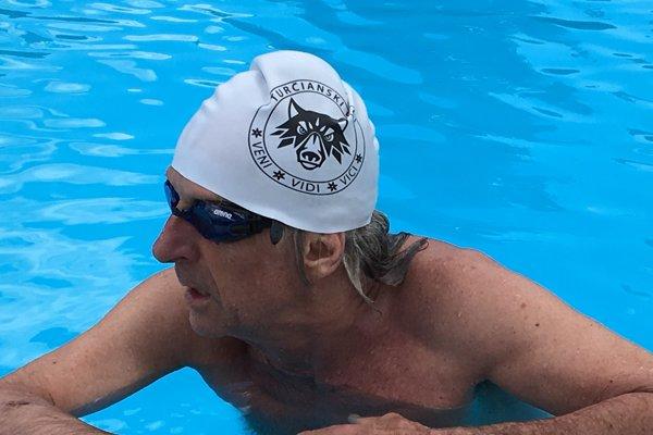 Jozef Ciller sa venuje aj plávaniu.