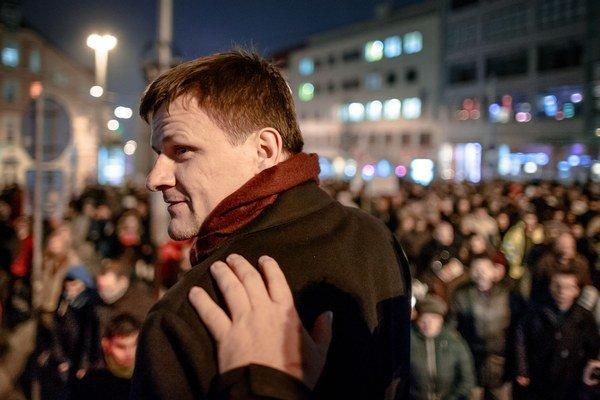Alojz Hlina na proteste v Bratislave.