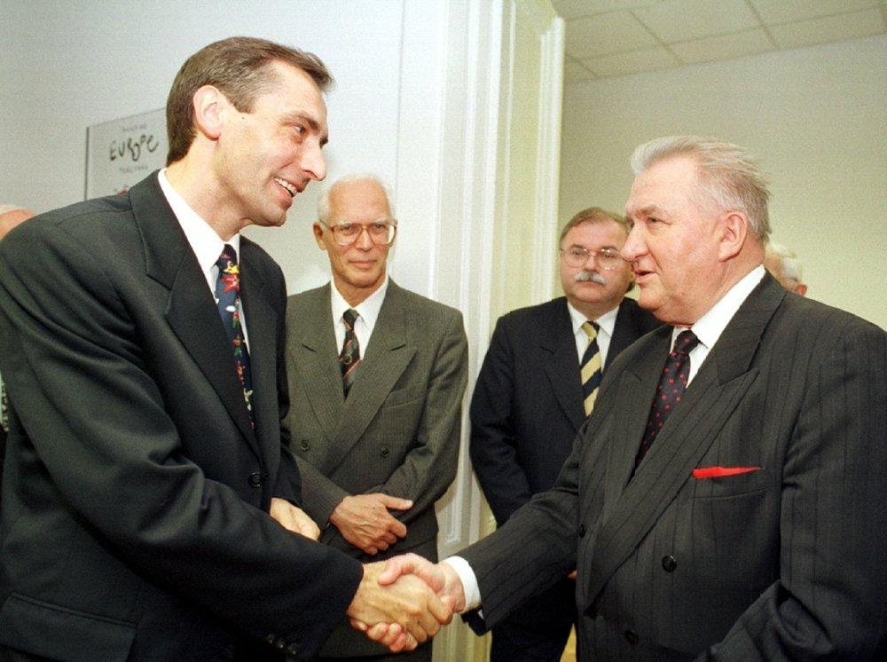 S mladým Jánom Figeľom.