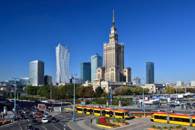 Centrum Varšavy. Mrakodrapy rastú ako vzápadných metropolách.