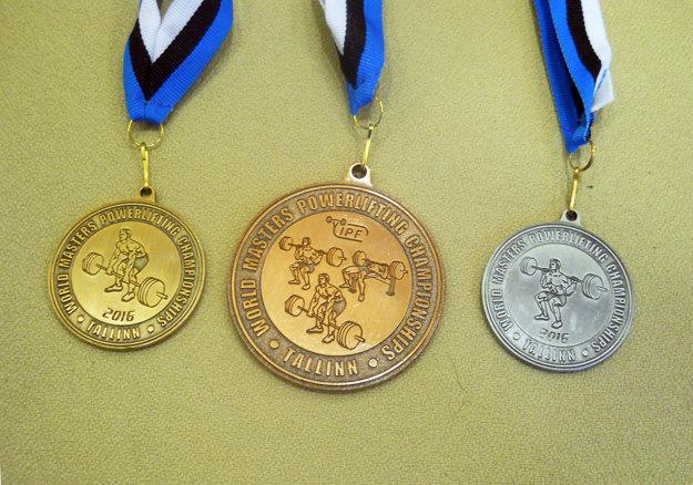 Kompletná medailová zbierka Pavla Slíža.