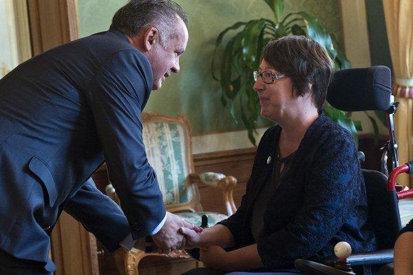 Kiska a predsedníčka Organizácie muskulárnych dystrofikov (OMD) Andrea Madunová.
