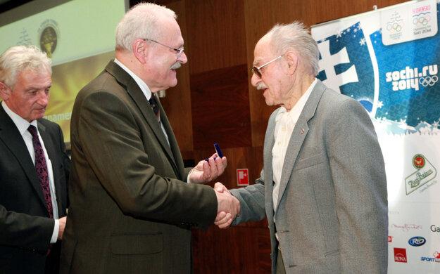 Jána Matochu ocenil aj niekdajší slovenský prezident Ivan Gašparovič.