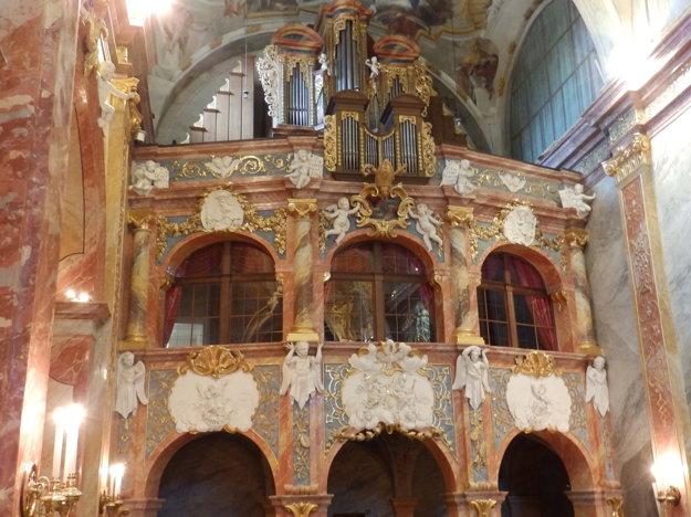 Organ v katedrále krátko predtým, ako ho odviezli do Rakúska.